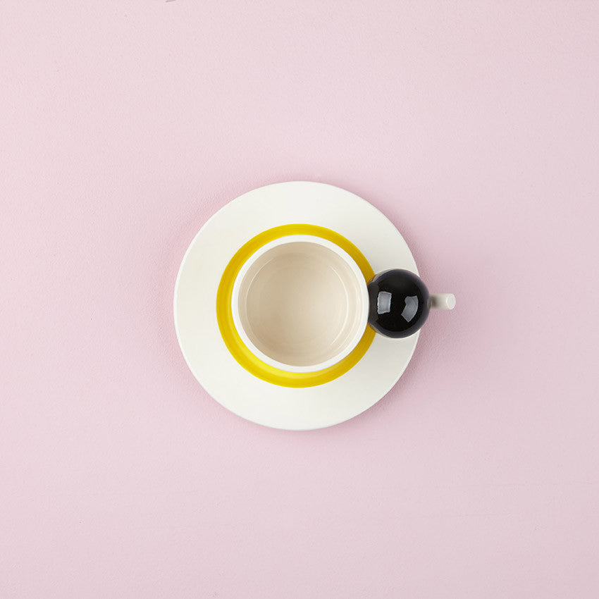 GEOMETRIC CUP & SAUCER / BLACK BALL