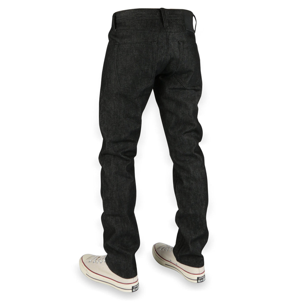 UB404 Tight Fit Black Selvedge