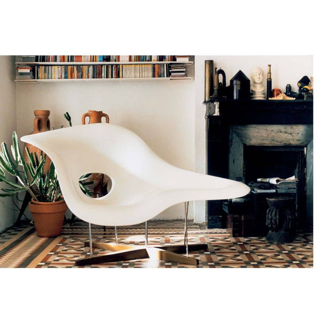 Fabulous Eames La Chaise Chair By Vitra Ibusinesslaw Wood Chair Design Ideas Ibusinesslaworg