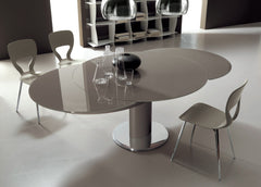 Giro Extendable Dining Table