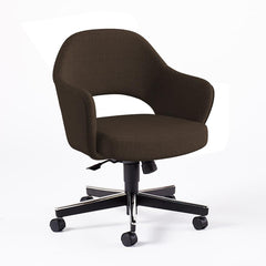 Saarinen Executive Arm Chair with Swivel Base task chair Knoll Hard Classic Boucle - Pumpernickel