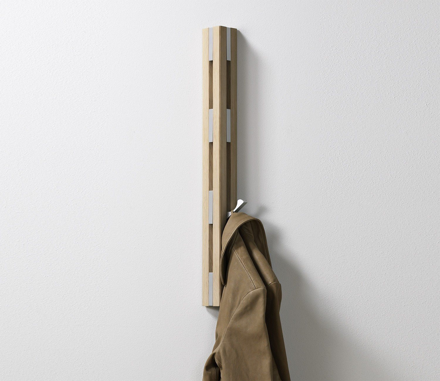 Knax Vertical 8 Hook Coat Rack