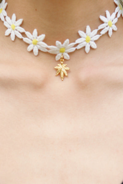 United Couture x Vida Kush Daisy Mary Jane Choker