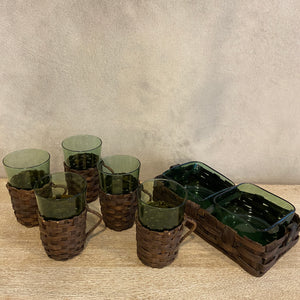 Load image into Gallery viewer, Rattan Vintage Glass Set