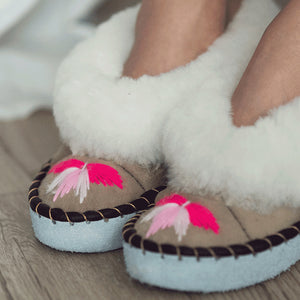 Load image into Gallery viewer, Pink Sheepers Slippers