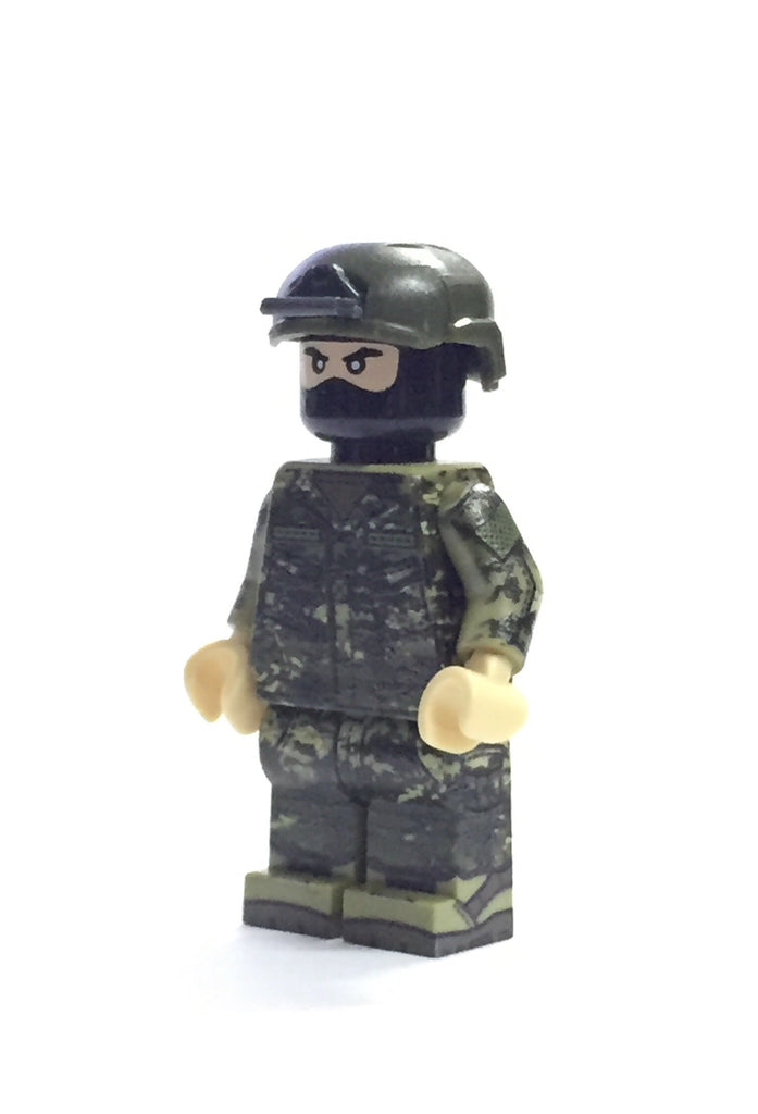 Multicam Tropic soldier