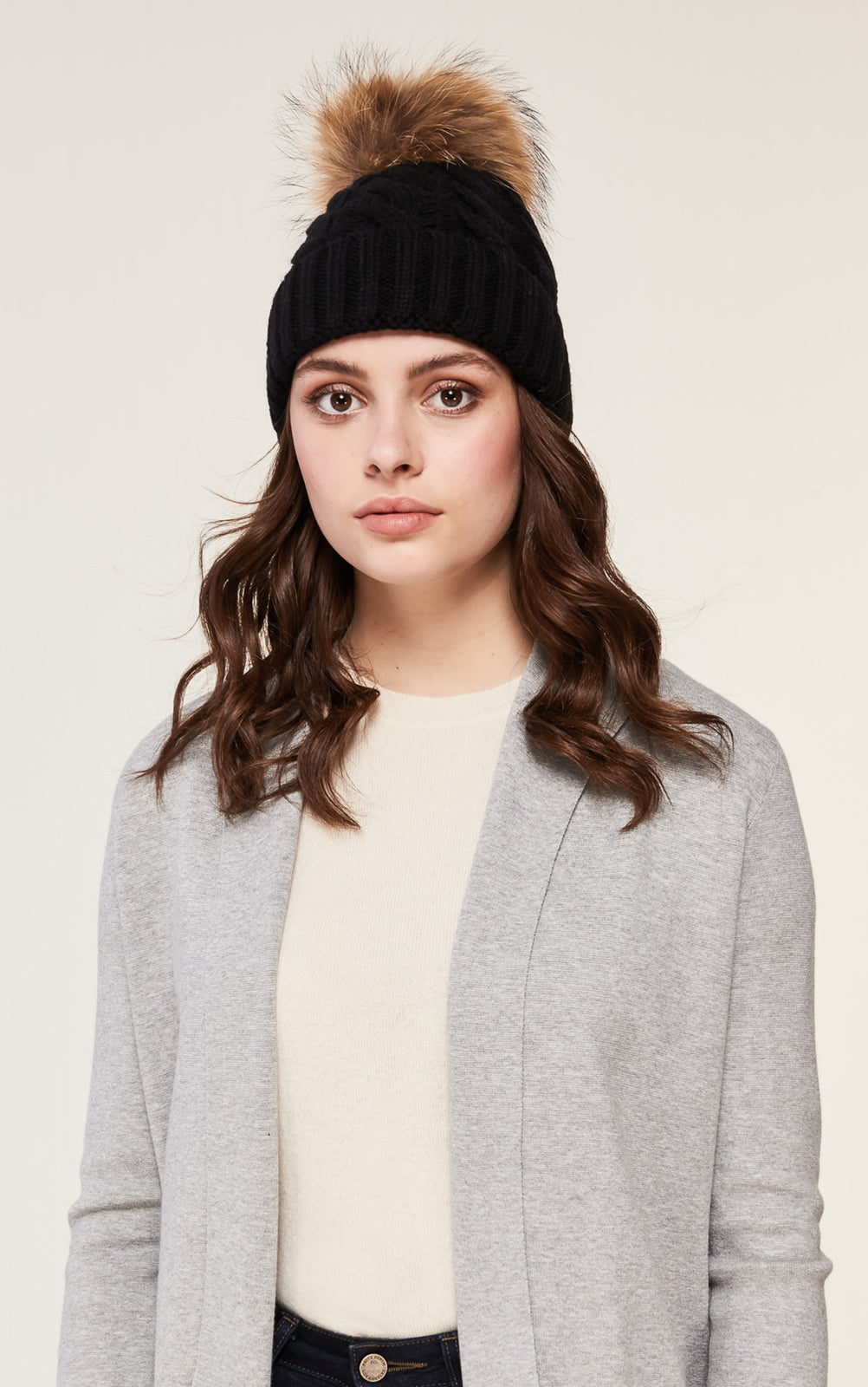 Pom pom beanie wool fur Soia Kyo black tan blush