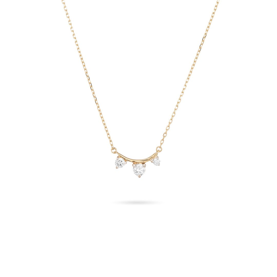 3 Diamond Amigos Curve Necklace