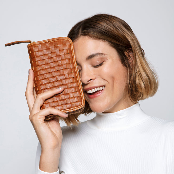 Woven Ladies Wallet in Toffee