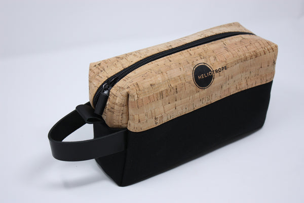 natural cork & canvas dopp kit