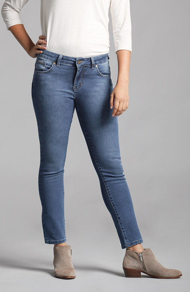 Beija-Flor Jeans Nicole Ankle Washed Navy