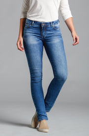 Beija-Flor Jeans Jennifer Straight Leg in Washed Vintage Blue
