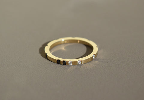 LUPI DIAMOND RING