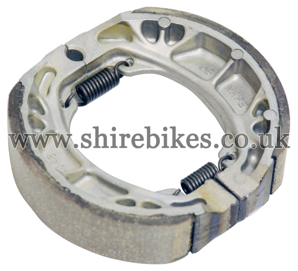 Honda Brake Shoes suitable for use with CZ100, Z50M, Z50A, Z50J1, Z50J, Dax 6V, Dax 12V, Chaly 6V, C90E & Chinese Copies