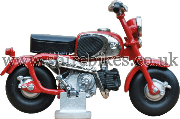 RECOLLECTIONS Hand Built White Metal Miniature Model CZ100 (Red Tank)