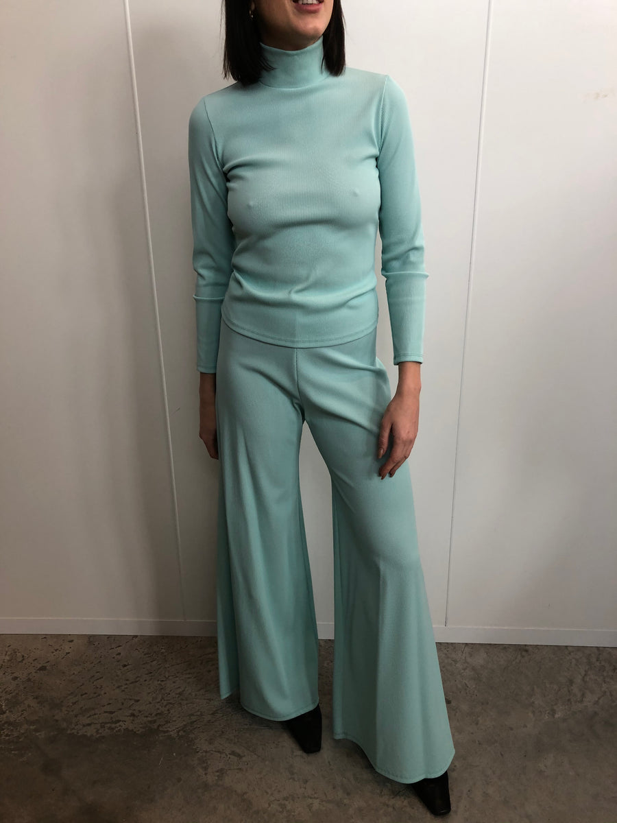 MINT GREEN MOCK NECK TOP