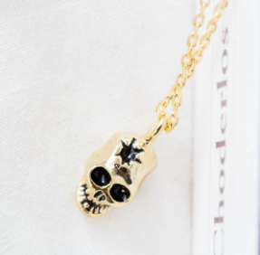 skull pendant necklace women