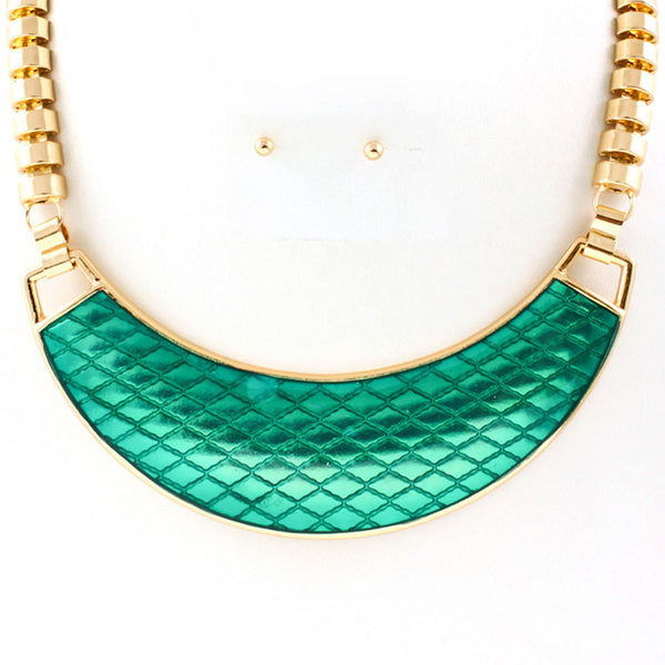 green bib necklace
