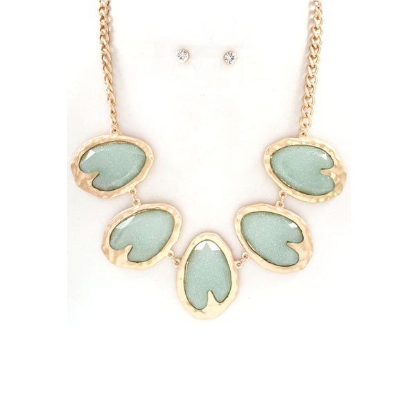 Pastel Green Shimmer Necklace & Earring Set