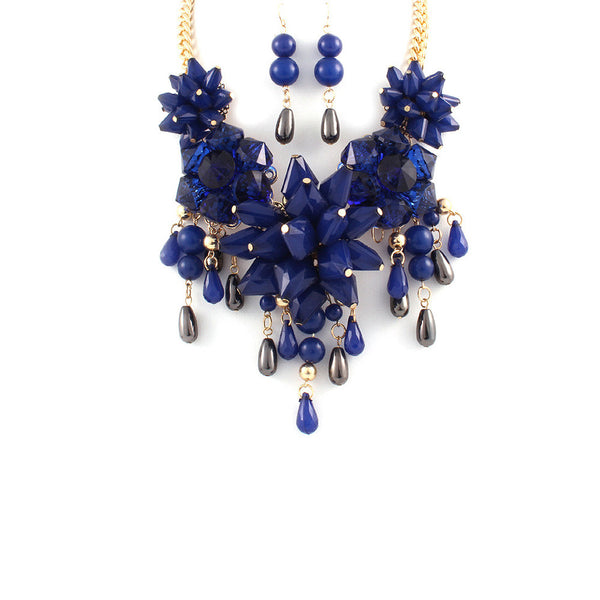 Luxurious Blue Floral Statement Necklace Set