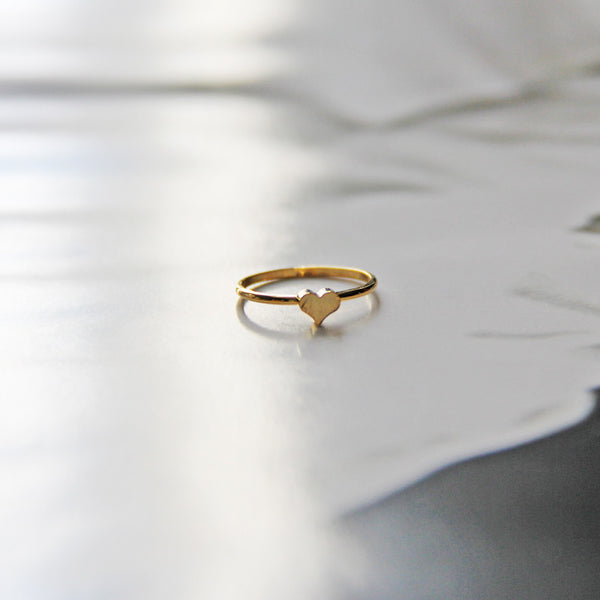 Gold Heart Midi Knuckle Ring