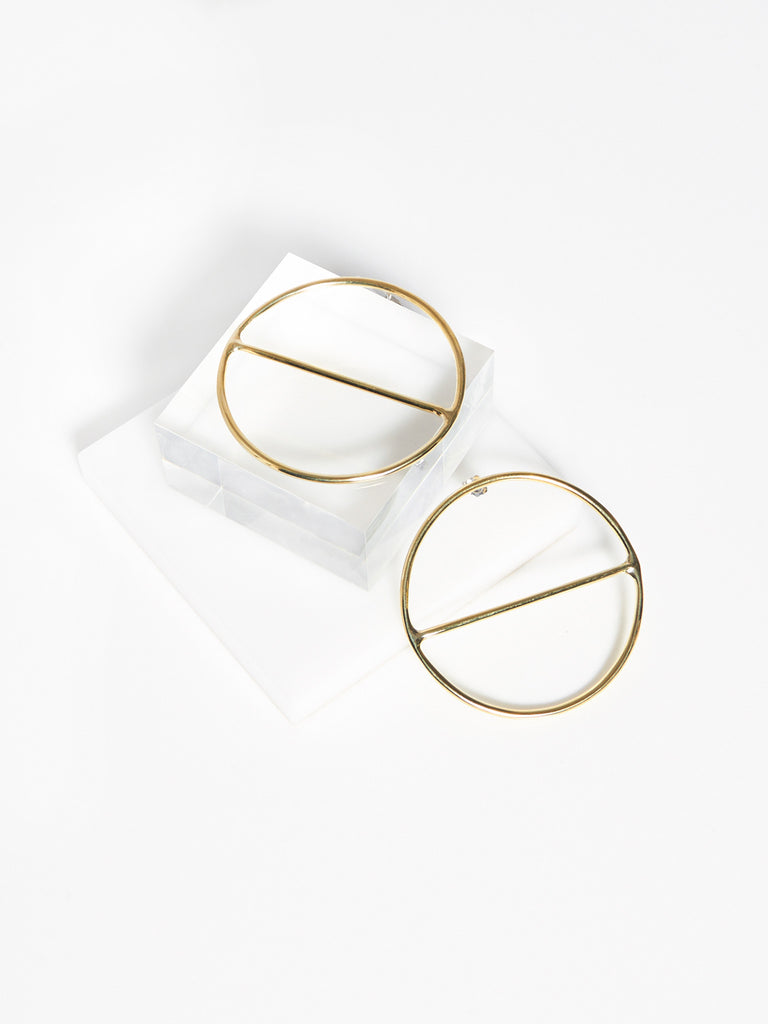 Round Saturn Earrings by Anndra Neen