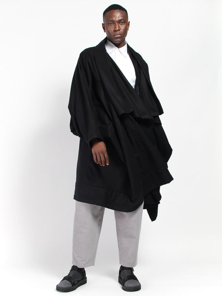 Voguar Coat Black by Monitaly