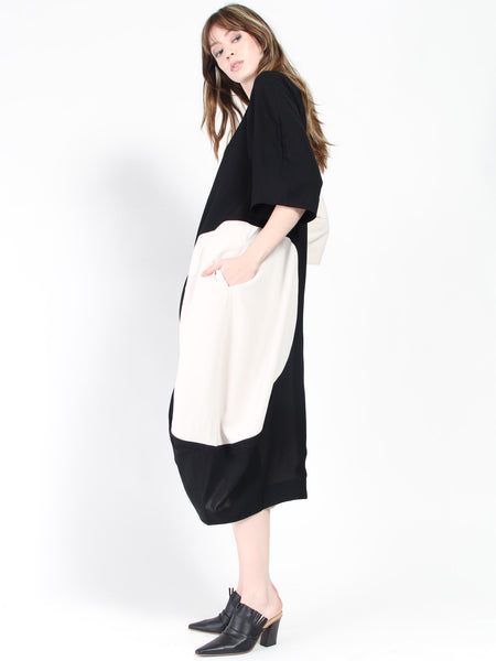 Circle Dress - Black/Ivory by Henrik Vibskov