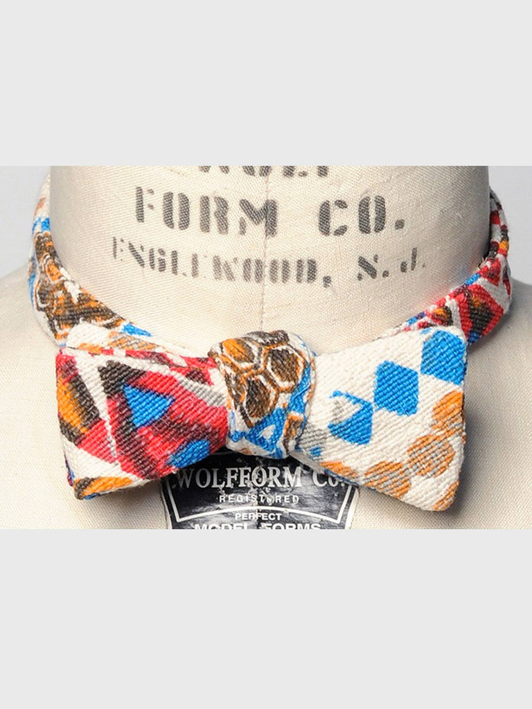 Geo Bowtie by Monitaly