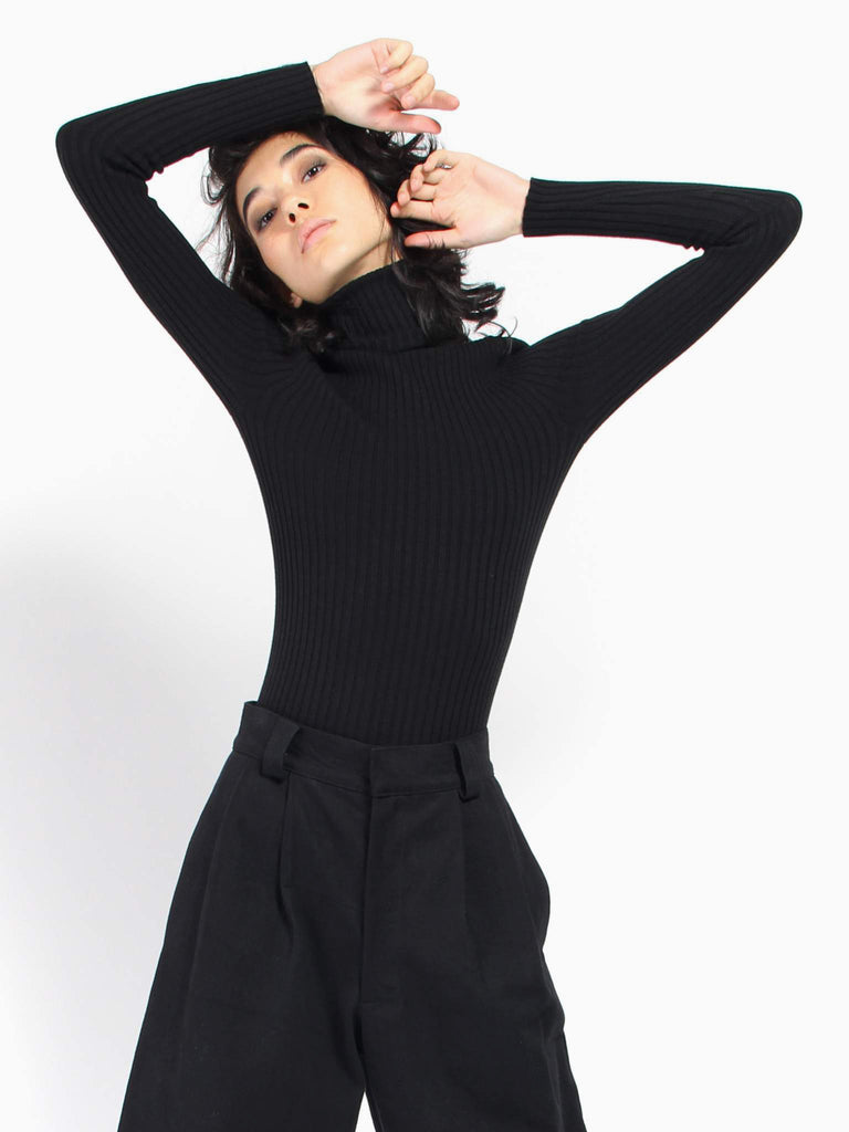 Nonna Turtleneck Onyx by Giu Giu