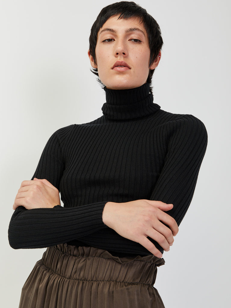 Nonna Turtleneck - Onyx by Giu Giu