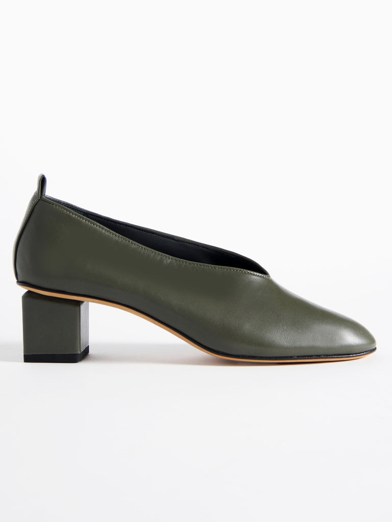 Mildred Classica - Olive by Gray Matters