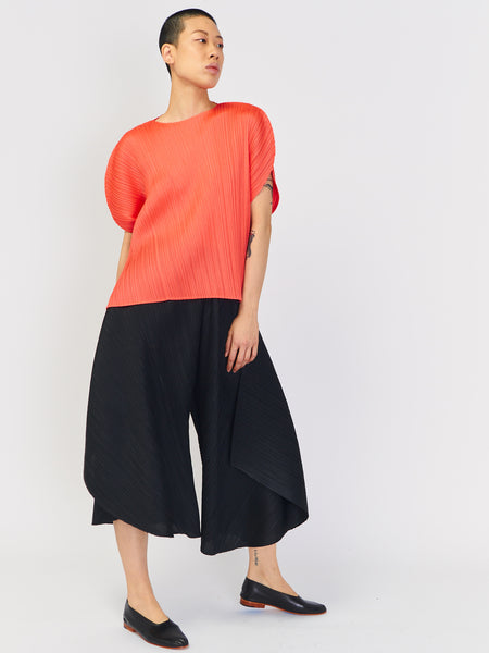 Curved Pant - Black by Issey Miyake Pleats Please