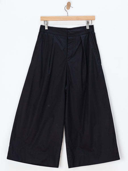 Pleat Pant - Black by Kowtow