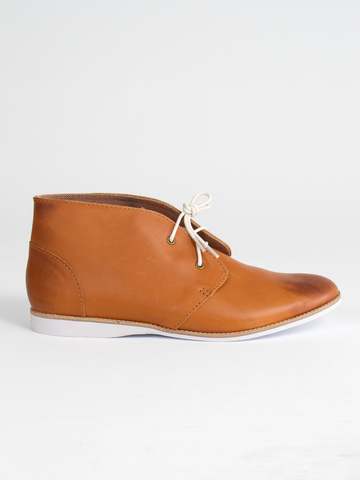 The Chukka - Cognac Distressed Leather by Rollie