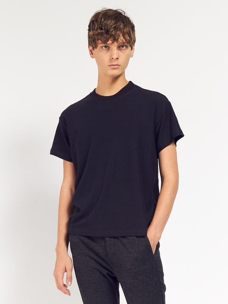 Boxy Tee Seal Black by Fanmail