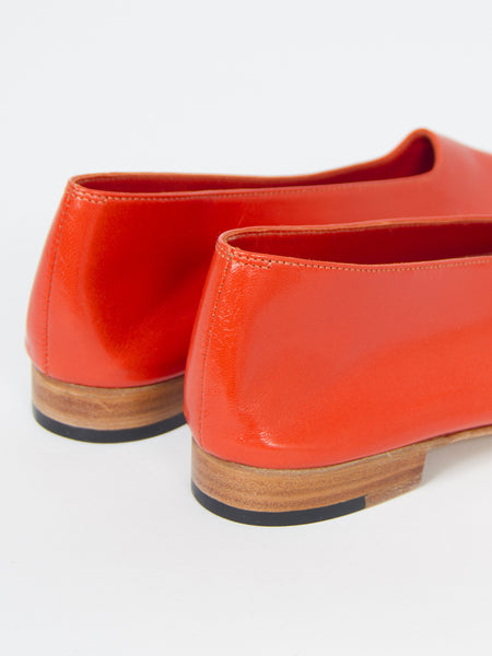 Glove Shoe Coral by Martiniano