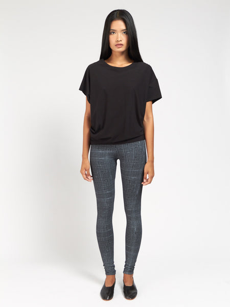 Beverly Tee Black by Skin