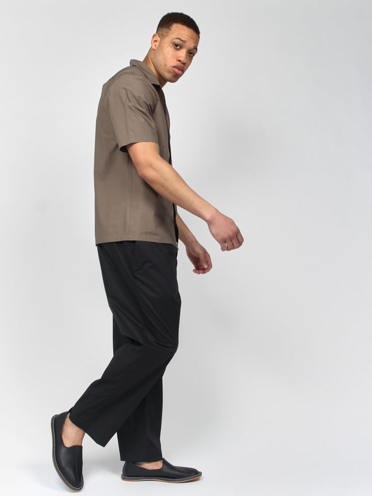 Cropped Full Pant by Deveaux