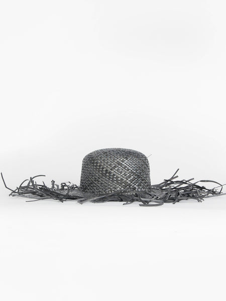 Frilla Hat - Black by Samuji