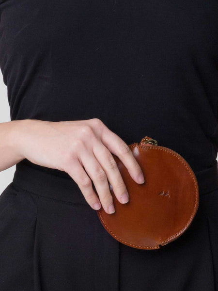 Mon Circle Pouch Brown by Vere Verto