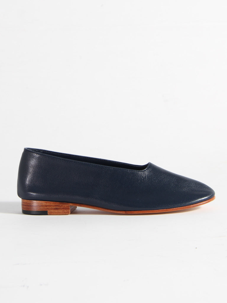 Glove Shoe - Navy by Martiniano