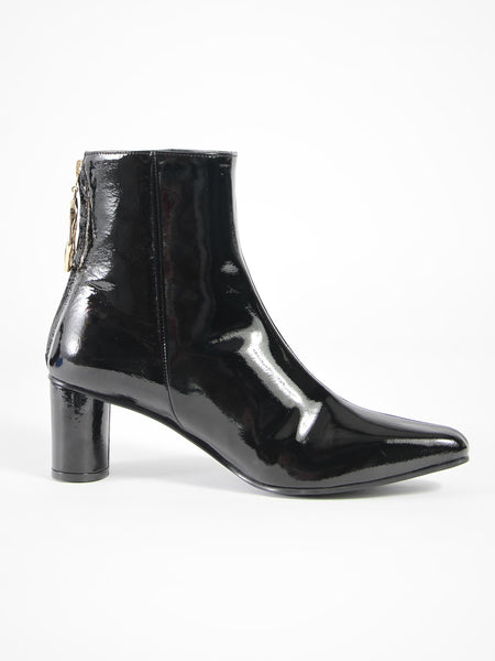 Wave Oval Ankle Boot by Reike Nen