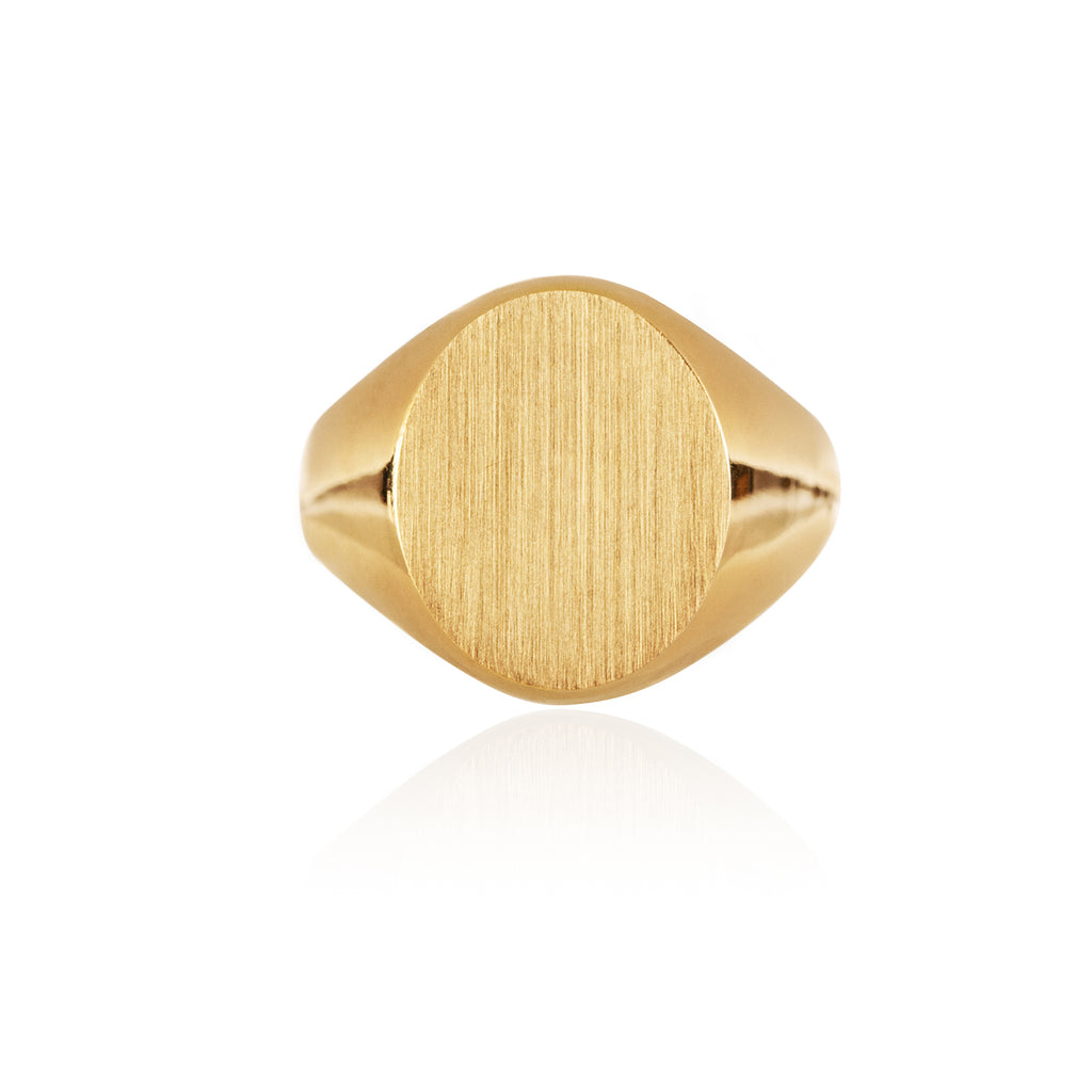 18ct recycled Yellow Gold Pinkie Signet Ring by McFarlane Fine Jewellery