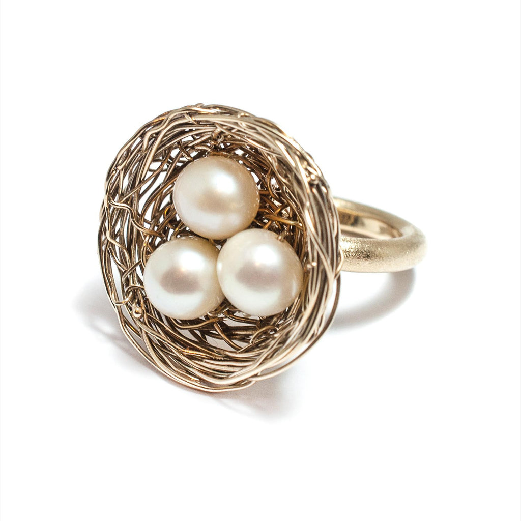 White Pearl & Gold Nest Ring