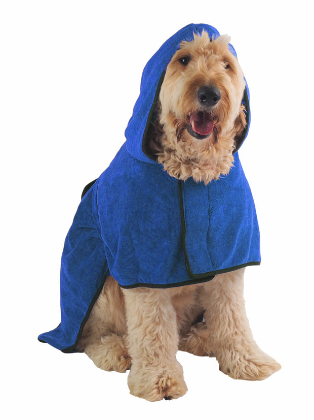 Bathrobe towel for wet dogs after the beach