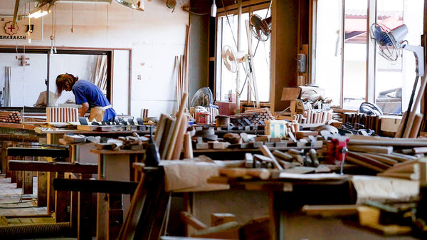 Less and less craftsmen are tempted to work in the industry