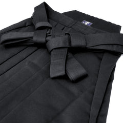 "Cashmere Touch ""Shiny"" Polyester Aikido Hakama (black)"