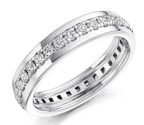 18 CARAT WHITE GOLD 0.80 CARAT DIAMOND FULL ETERNITY RING