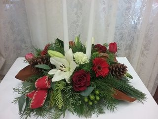 christmas centrepiece delivery kingston on